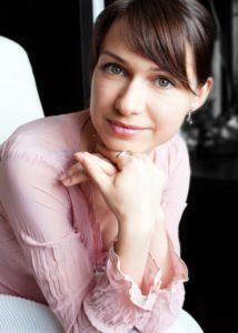 Alexandra Noi headshot