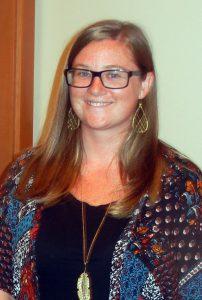 Elizabeth Schmidt headshot